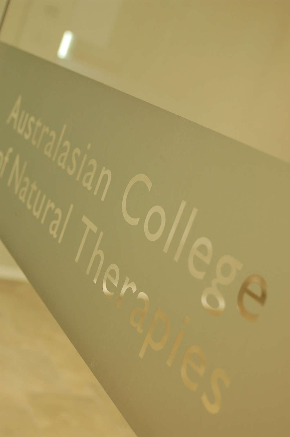 AUSTRALASIAN COLLEGE OF NATURAL THERAPIES(ACNT)